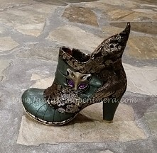 cat witch shoes