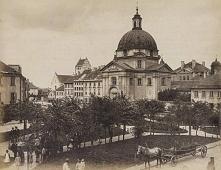 Rynek Nowego Miasta w Warszawie - 1885 r. Zdjęcie wykonał Konrad Brandl - fotograf,wynalazca, jedna z najciekawszych postaci polskiej fotografii dziewiętnastego wieku.