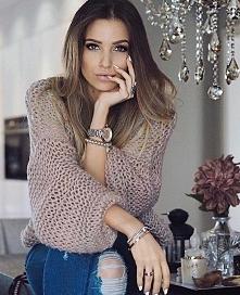 Sweterek - Kliknij w zdjęcie aby zobaczyć więcej