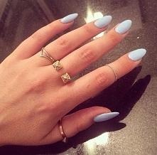 Świetny kolor paznokci ♡♡♡
