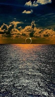 Zaćmienie Słońca - Ocean Spokojny :)