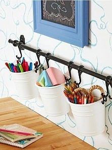 i kolejny pomysł na uporządkowanie kredek, ołówków, długopisów...