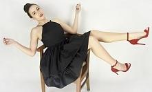 Czarna sukienka z falbanami rozkloszowana na ramiączkach! W promocyjnej cenie! Sprawdź na www. sopsi.com.pl   czarna sukienka, sukienka z falbanami, sukienka na wesele, sukienka...
