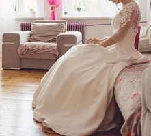 Sprzedam piękną suknię ślubną szytą w salonie Kreacje Ślubne Żannet na wzrost...
