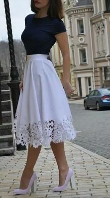 biała spodniaca a
