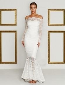 Sukieneczka biała koronkowa...
