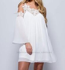 AIRY - Biała zwiewna sukienka z gipirami Kliknięcie w zdjęcie przeniesie bezp...