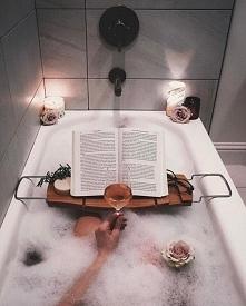 Uwielbiam czytać książki podczas kąpieli ;-)