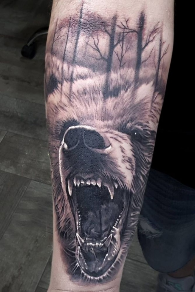 Niedźwiedź Tatuaż Na Ręce Na Tatuaże Zszywkapl