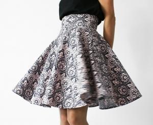 spódnica rozkloszowana, dostępne w rozmiarówce od 2XS do 4XL