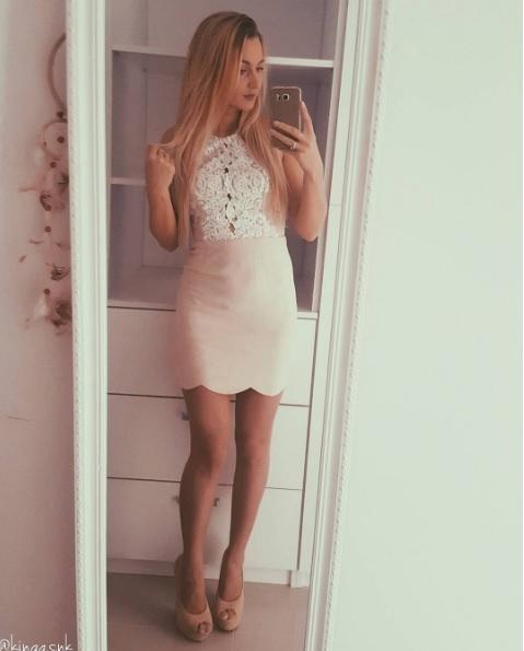 sprzedam sukienkę ze zdjęcia kupiona na australijskiej stronie (popcherry.au) rozmiar s, 70 zł, nowa z metkami