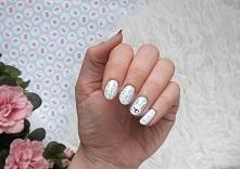 Wielkanocne paznokcie! Uśmiechnięte zające :)