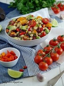 Sałatka z pomidorkami kokta...