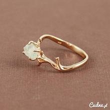 Wyjątkowy pierścionek
