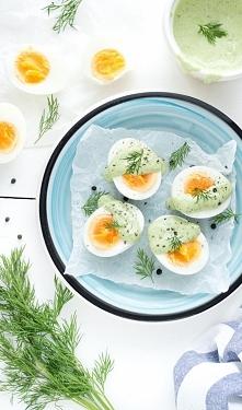 Jajka z ziołowym majonezem