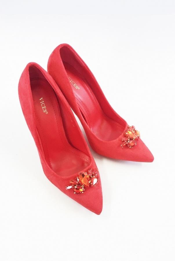 Eleganckie czerwone szpilki zdobione kamieniami   z kodem patrycja20 20 % taniej ! Zobacz na ivon-sklep.pl