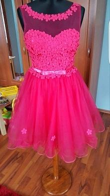 Sprzedam sukienkę tiulową :)