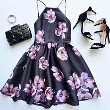 Piękna suknia w kwiaty <3