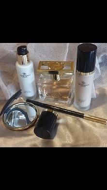 Lukus w pełnym wymiarze. Zestaw luksusowych kosmetyków Oriflame z serii Giordani Gold. produkty pokazane na zdjęciu są o wartości 266,50zł (drogo co?) ale w katalogu są często p...