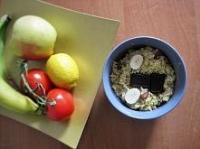 Raffaello na śniadanie!  :-) ♥kasza jaglana ♥migdały ♥wiórki kokosowe ♥banan ...