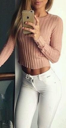 sweterek <3