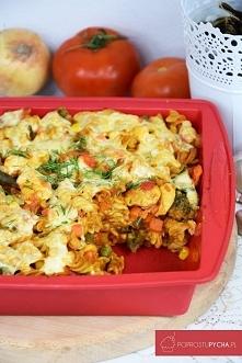 Makaronowa zapiekanka z warzywami