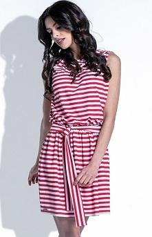 Fobya F406 sukienka czerwona Komfortowa sukienka, w modne paski, bez rękawów, dekolt ozdobiony wycięciem w kształcie łezki
