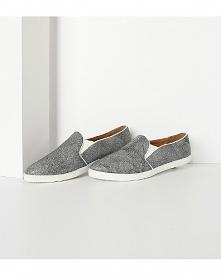Rozglądasz się za tanimi, wygodnymi butami? Sprawdź te z kolekcji wiosna/lato...