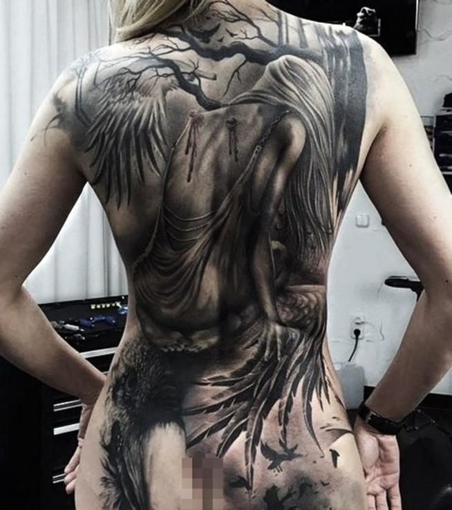 Anioł Traci Skrzydła Tatuaż Na Plecac Na Ciekawe Tatuaże Zszywkapl