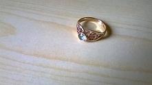 złoty pierścionek który dos...