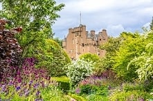 Zamek Crathes w Szkocji