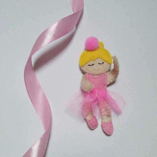 Ręcznie wykonana spinka do włosów.. Fb: Moni Handmade Ig: @recznerobotkimoni