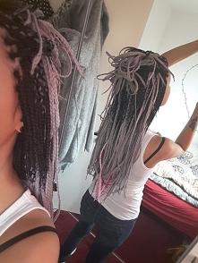 nietypowa fryzura wiem, ale indywidualizm jest najlepsza cechą w dzisiejszych czasach upodabniania się do innych... warkoczyki... afrykańskie, syntetyczne boxbraids :D