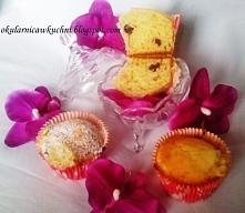 Muffinki z żurawiną i migda...