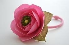Piękny kwiat do włosów, który doda uroku kitce albo kokowi. Idealny dla druhe...