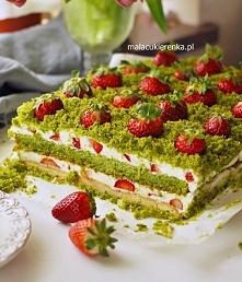"""Ciasto """"Truskawkowe Pole"""" z..."""