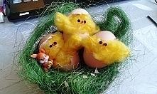 Wielkanocne kurczaczki. Stroik.