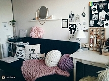 #workplace #home #homedetails #details #homeinspiration #detale #dodatki #dodomu #design #inspiracje #musthave #polishbrand #poduszki #knotpillow #pillow #mieszkanie #wnetrza #w...
