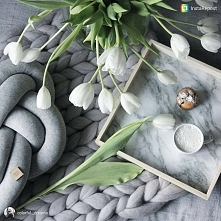 Grey&white #biglove ❣️ #morning #may #spring #knotpillow #muffins #cozy #...