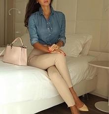 Elegancka stylizacja z kremowymi spodniami - LINK W KOM!