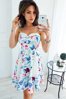 link do sukienki - po kliknięciu w zdjęcie