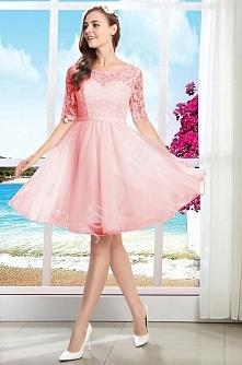 Sukienka z gipiurową koronk...