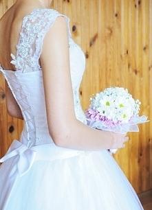 Suknia ślubna na sprzedaż. link po kliknięciu w zdjęcie. Możliwa negocjacja c...