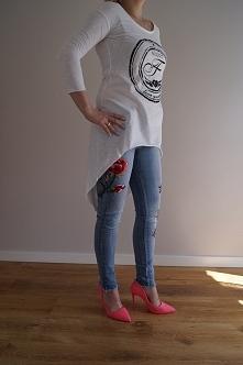 Stylówka jeansy w kwiaty