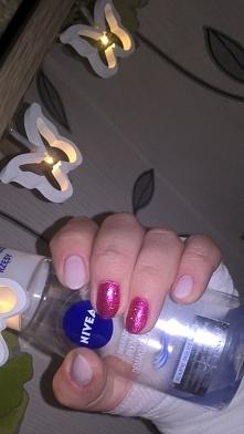 mój pomysł na paznokcie :)