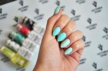 Miętowe paznokcie :)