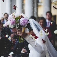 """""""Co zrobić z welonem po ślubie?"""" - artykuł na blogu Mocem"""