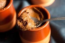 Dietetyczny krem czekoladowy z batatów, karobu i oleju kokosowego. bez cukru
