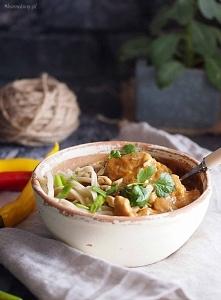 Tajski makaron z kurczakiem i masłem orzechowym / Thai peanut butter pasta wi...