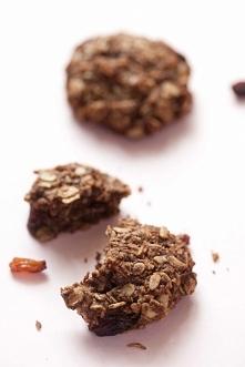 Kakaowe ciastka musli- z płatków owsianych z rodzynkami